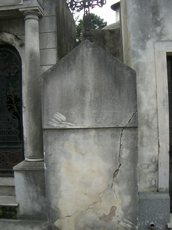 Buenos Aires 2005 - recoleta cemetery 15