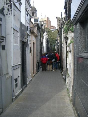 Buenos Aires 2005 - recoleta cemetery 24