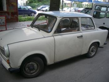 commie car