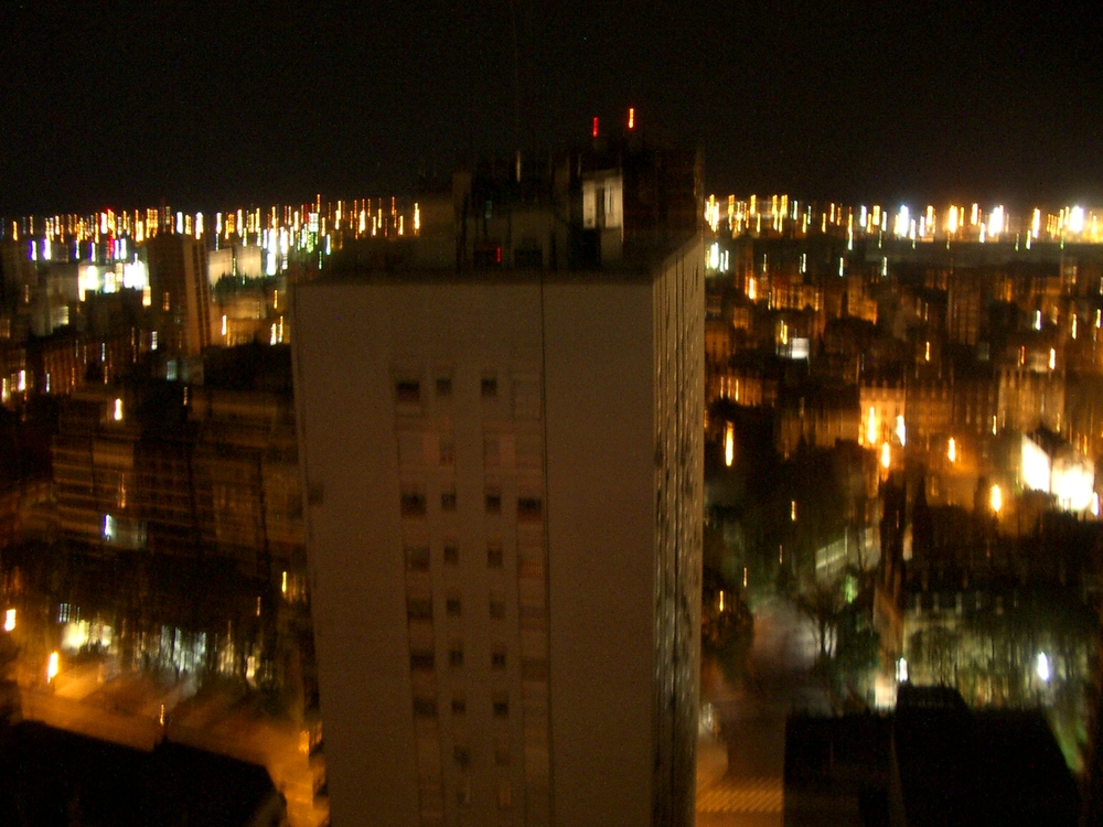 Buenos Aires 2005 - night skyline 17