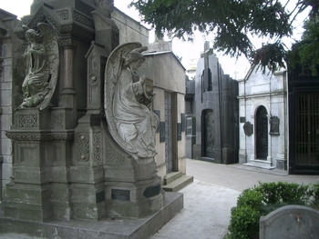 Buenos Aires 2005 - recoleta cemetery 51