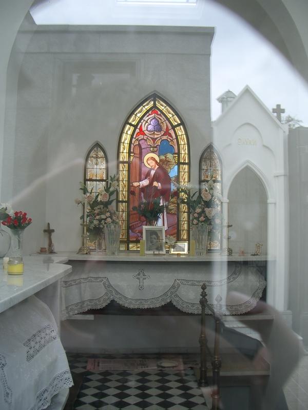 Buenos Aires 2005 - recoleta cemetery 34