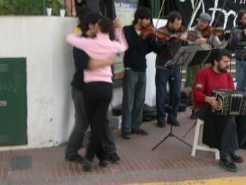 Buenos Aires 2005 - el orquestra tipica afronte