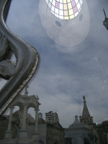 Buenos Aires 2005  - recoleta cemetery 39