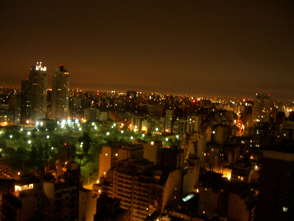 Buenos Aires 2005 - night skyline 9