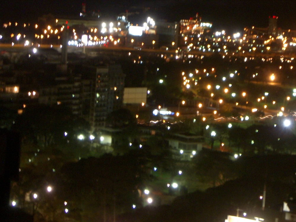 Buenos Aires 2005 - night skyline 6