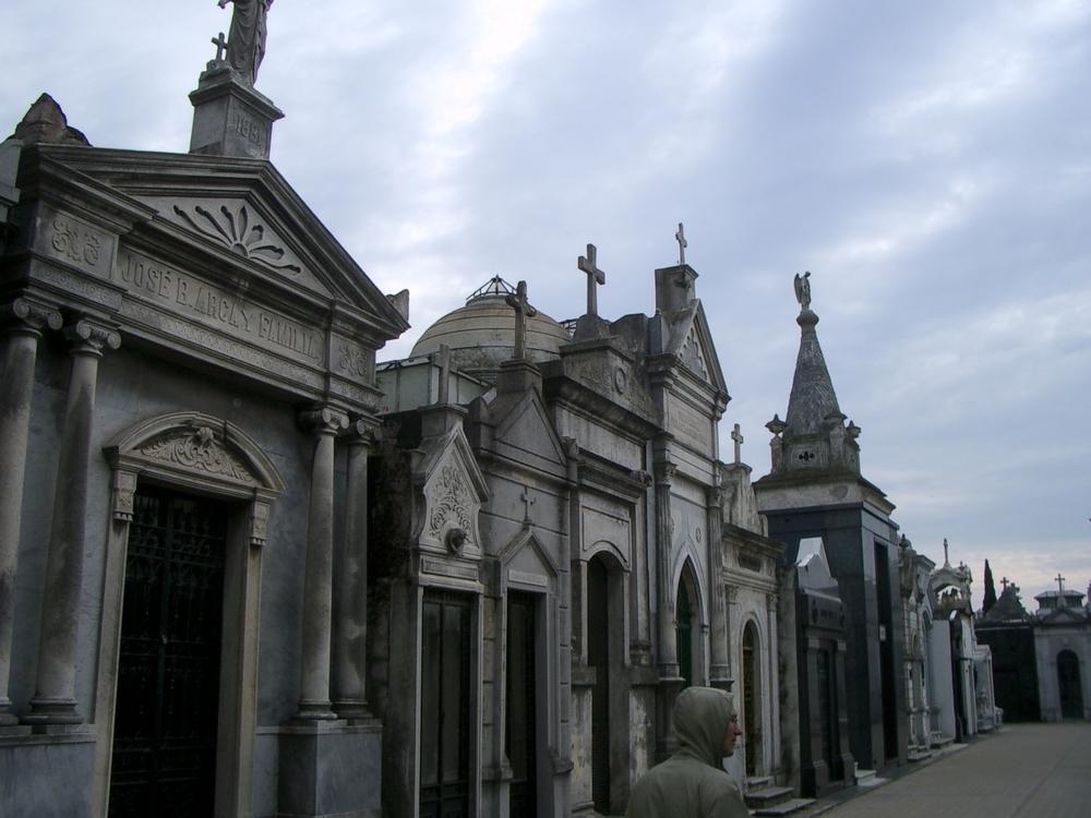 Buenos Aires 2005 - recoleta cemetery 32